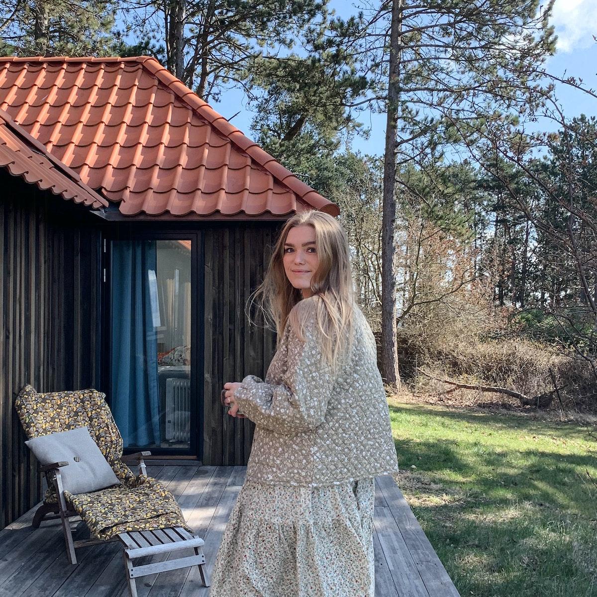 maria-halse-paa-weekendtur-med-veninderne-i-helgenaes-vilde-natur